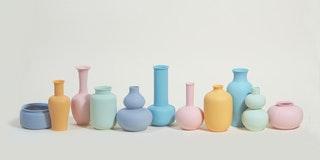 Middle Kingdom Porcelain