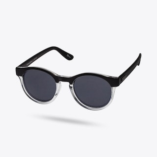 Hey Macarena Sunglasses in Matte Black