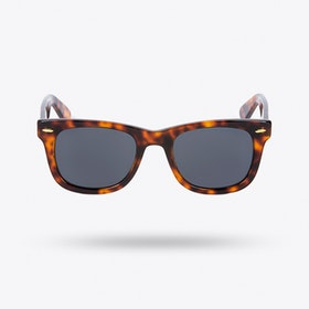 Kiara Sunglasses in Woody Grey