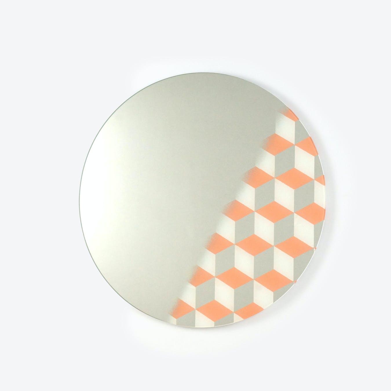 Cubic Mirror Round