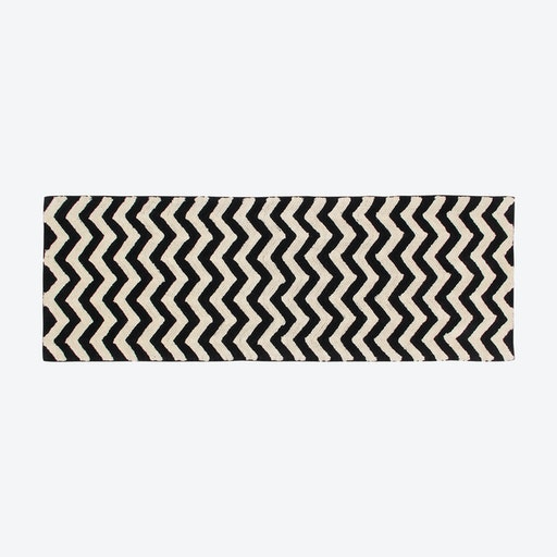 Washable Rug Black&White Zig-Zag Runner