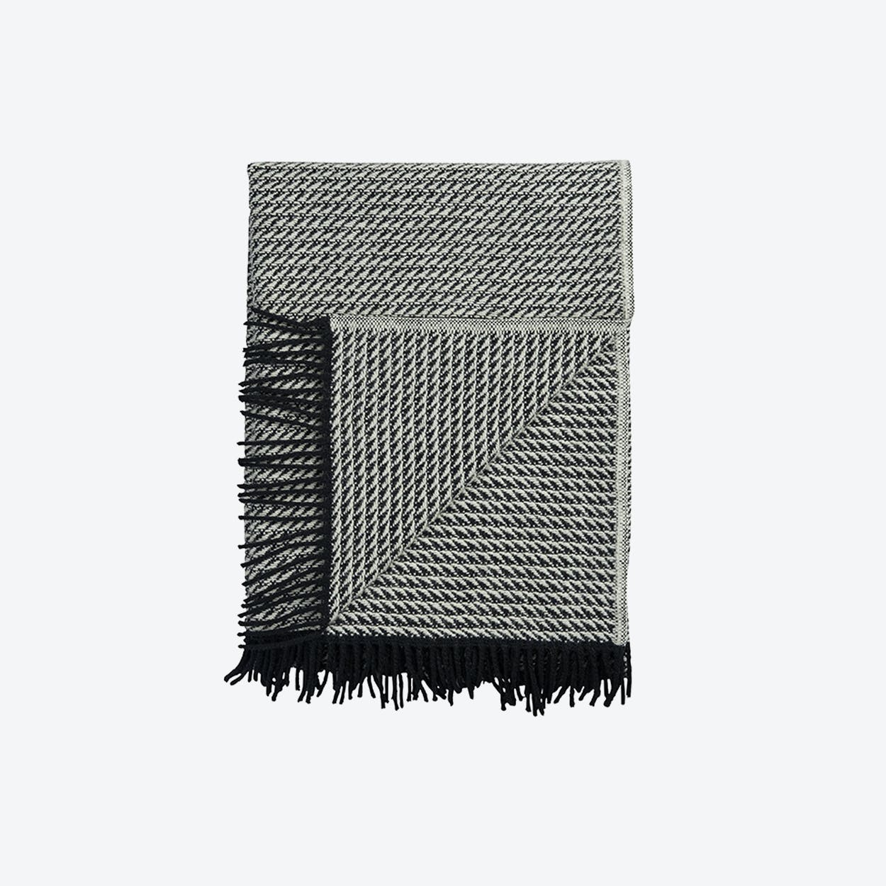 Frogner Lambswool Throw in Natural
