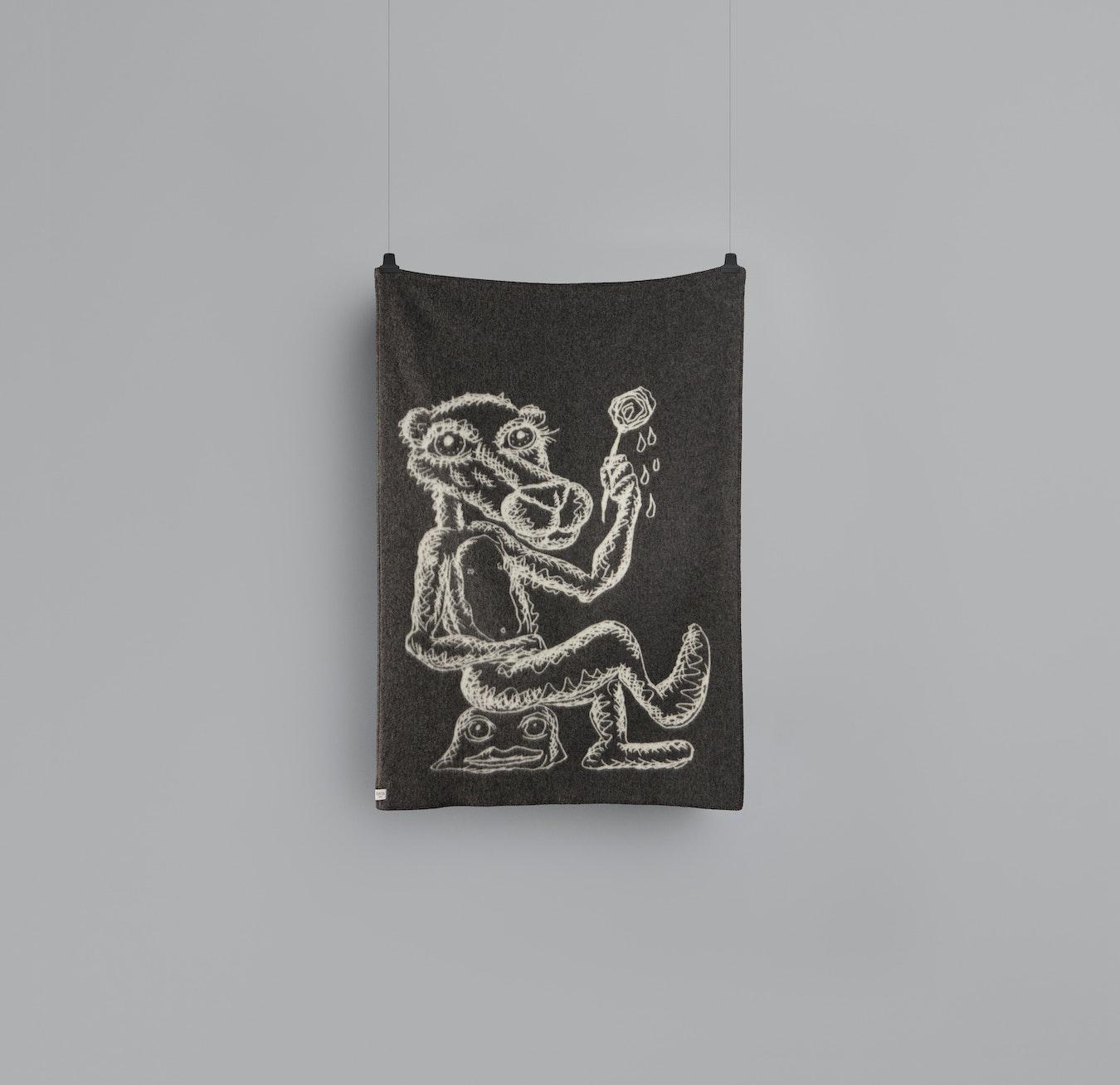 d2232b9b Melgaard Lambswool Throw in Grey/Natural by Røros Tweed - Fy