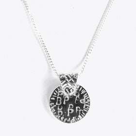 Patio Pendant Necklace in Silver