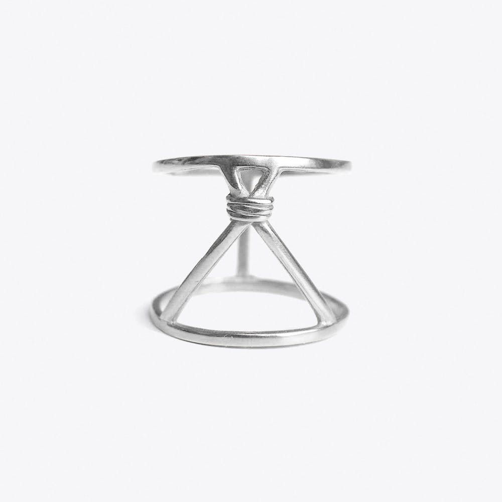 Tipi Ring in Sterling Silver