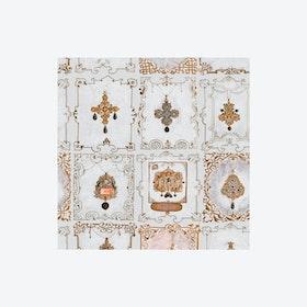 Anna's Jewellery Neutral Wallpaper