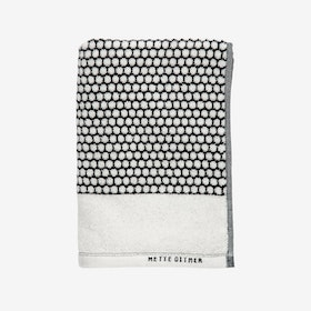 Grid Bath Towel - Mette Ditmer
