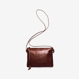 Pinscher Crossbody Bag in Chestnut/Shine - Le Chien