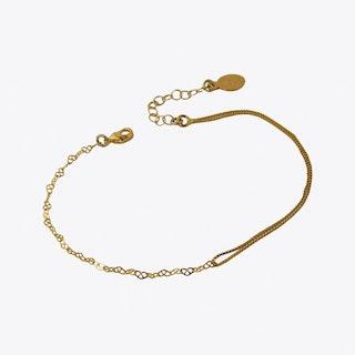 Whispers Bracelet in Gold