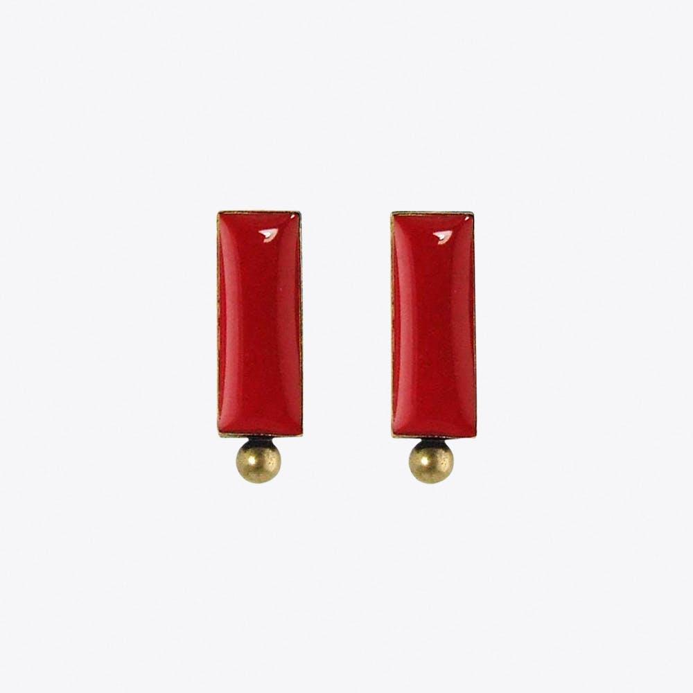 Antiqued Brass Bar Stud Earrings in Wine