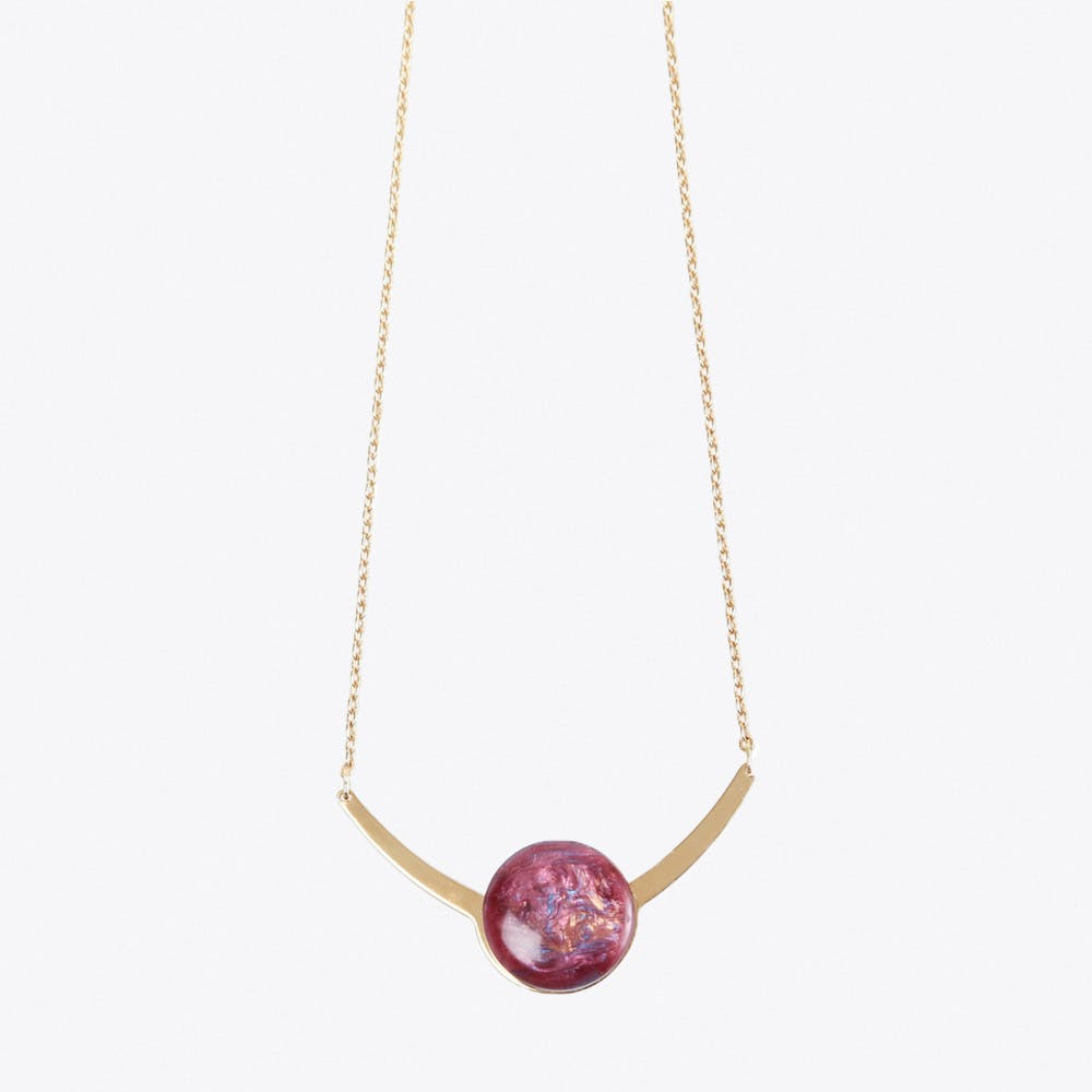 Arch Marbled Necklace in Bordeaux