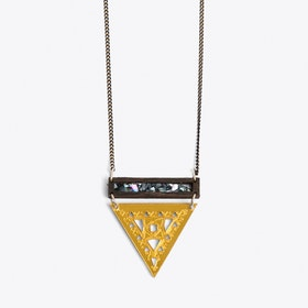 Small trikon Necklace gold