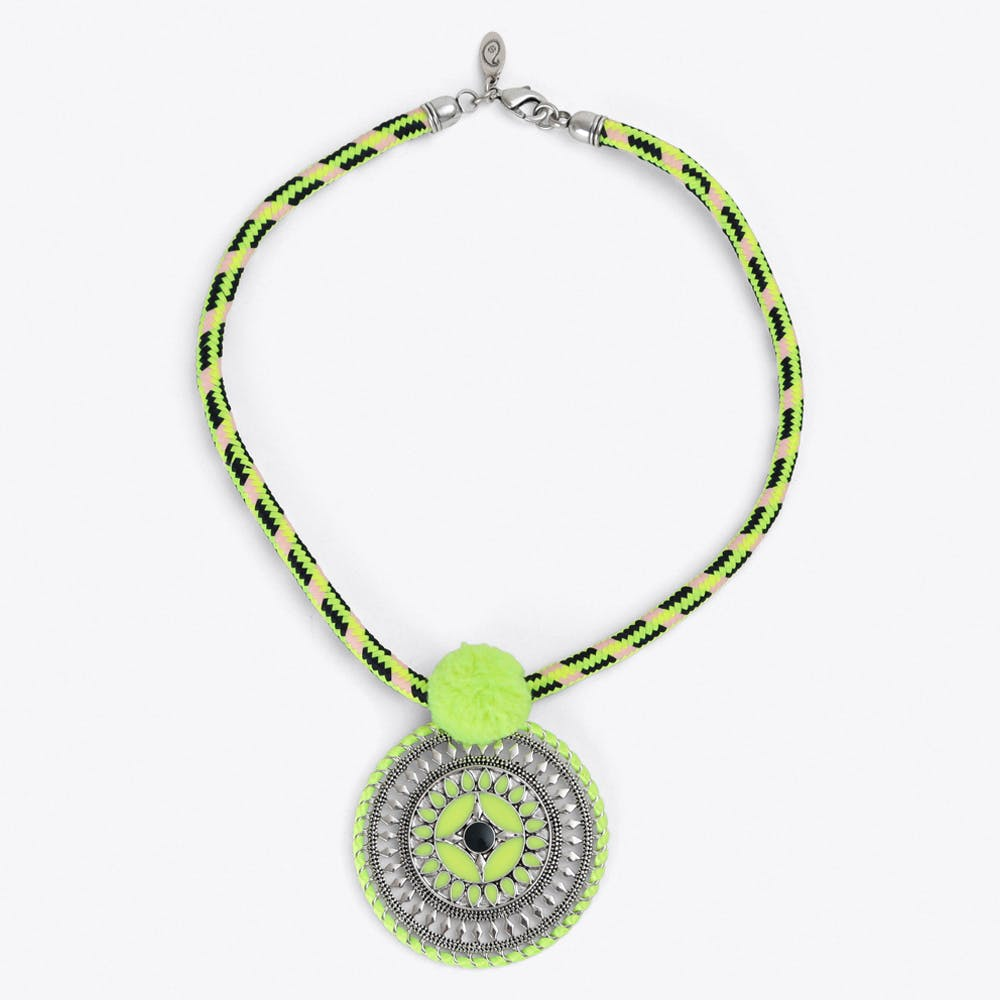 Tribal Pendant Collier in Yellow