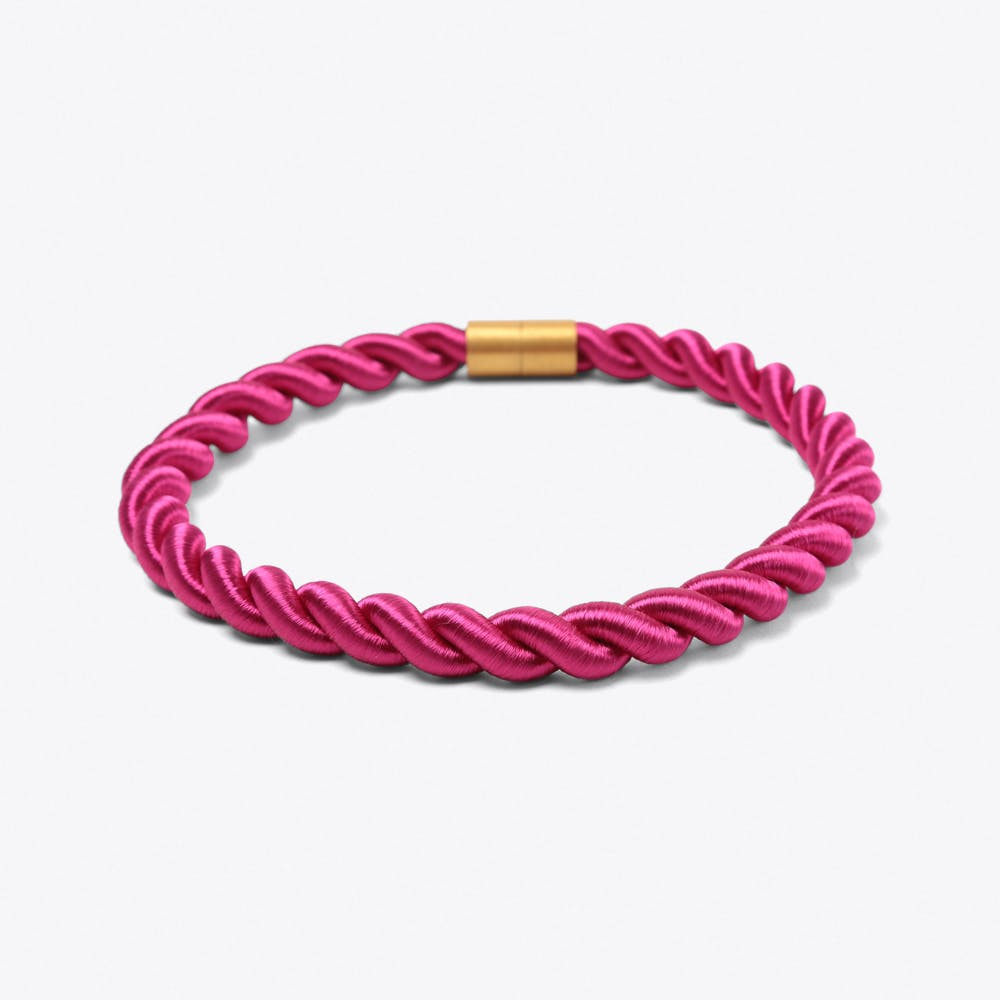 Classic Necklace in Electric Pink
