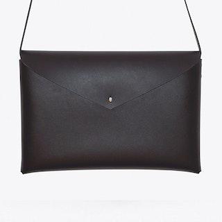 Basic Shoulder Bag in Black, Medium