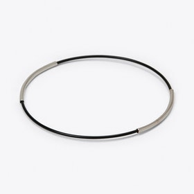 Minimal Bangle in Black with Silver