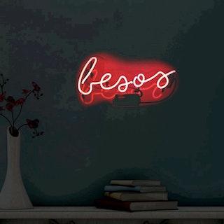 Besos Neon Sign