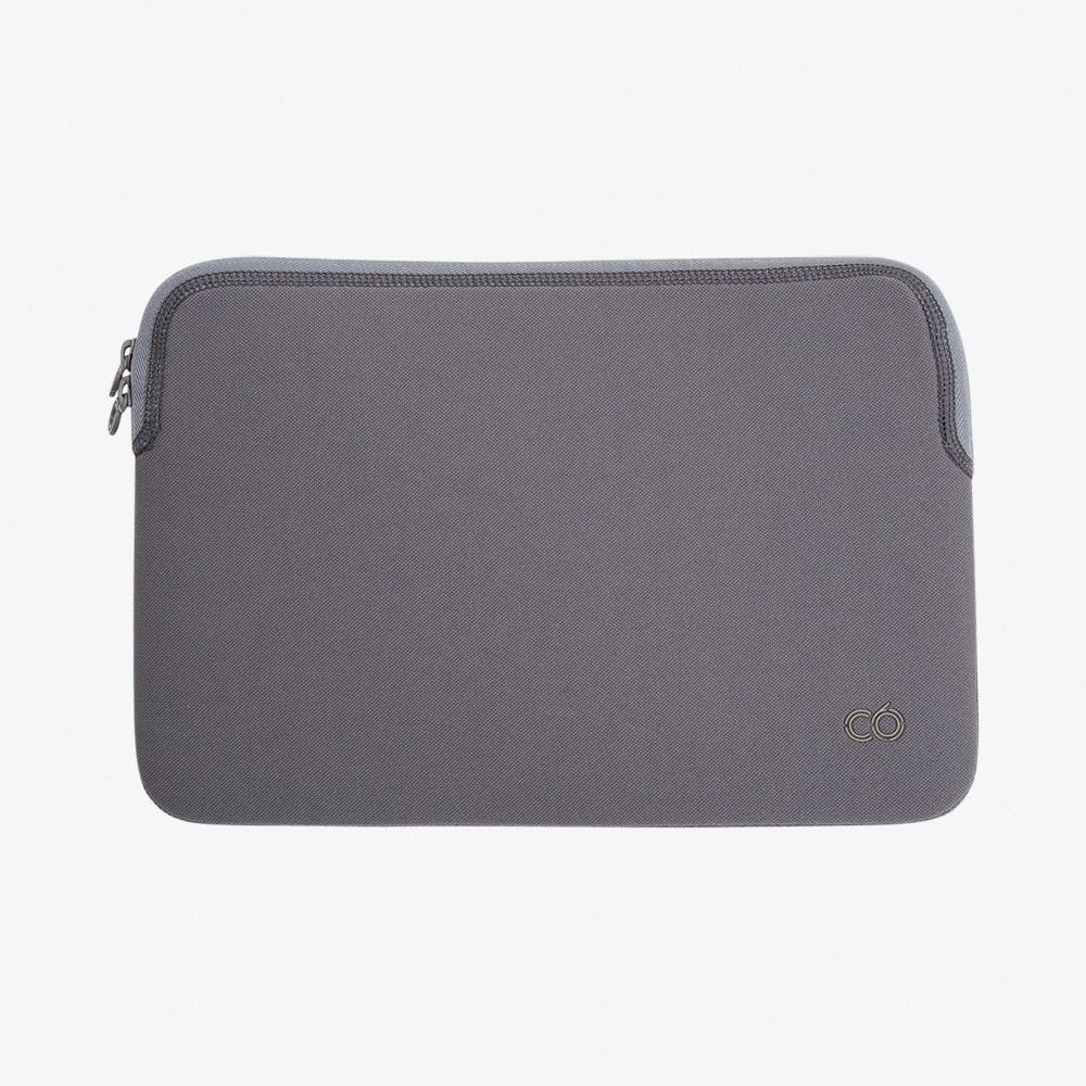 Zip Sleeve for Macbook in Graphite