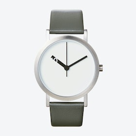 Extra Normal Grande Watch w/ White Face and Grey Calfskin Leather Strap