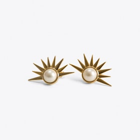 Sun Ray Vintage Style Pearl Earrings in Gold