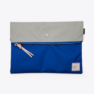 Krill Clutch in Grey and Blue