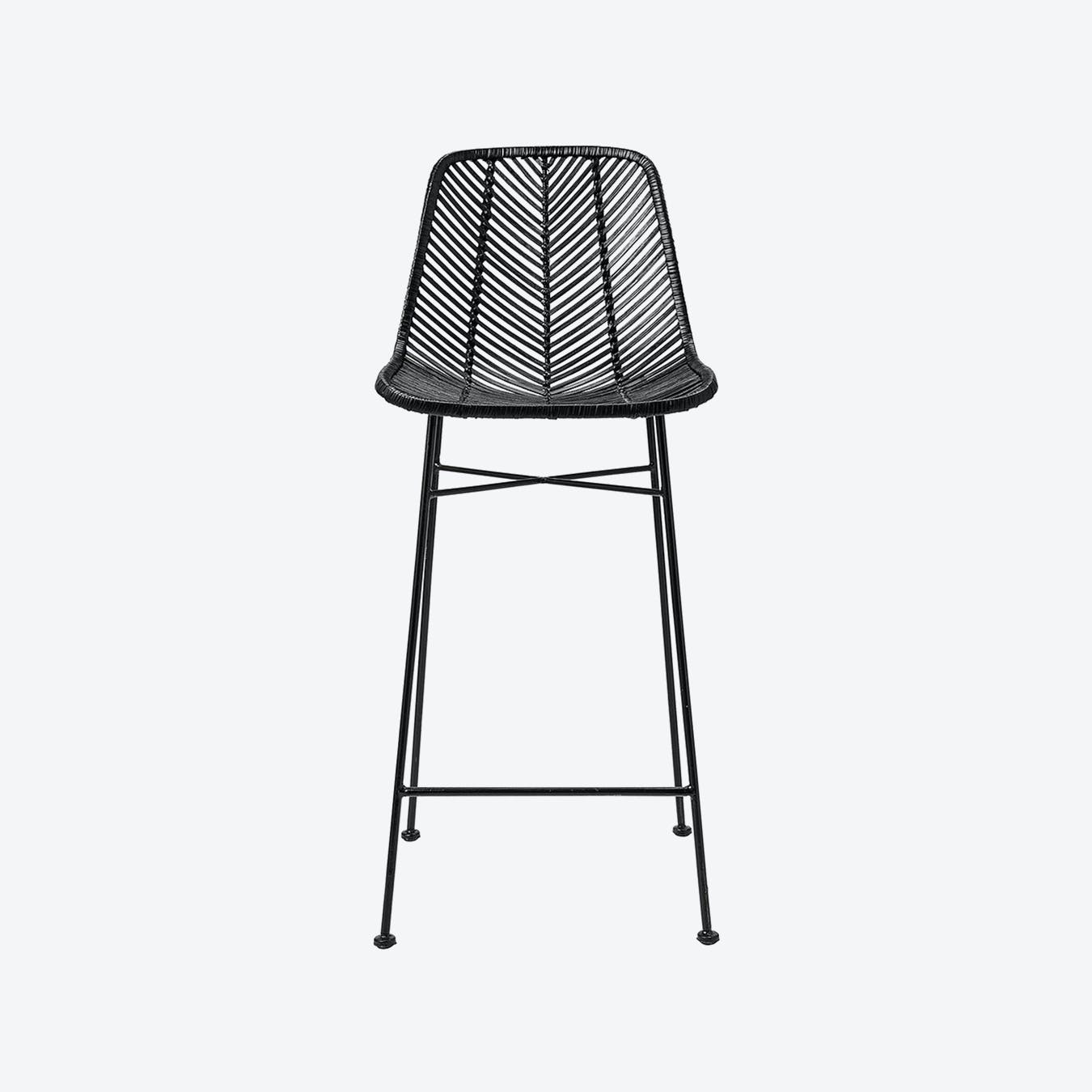 Picture of: Chevron Woven Bar Stool Black Rattan By Ciel Fy