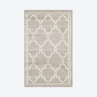 Amherst Accent Rug - Light Grey / Ivory - Trellis