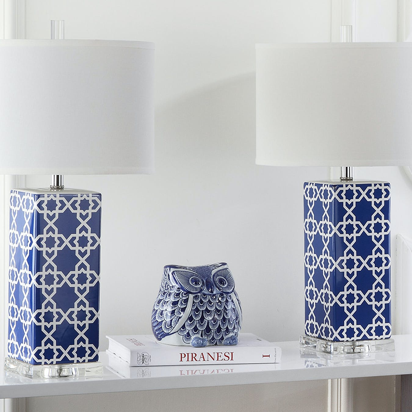 Picture of: Ceramic Table Lamp In Navy Moroccan Pattern Set Of 2 By Safavieh Fy