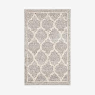 Amherst Indoor / Outdoor Woven Area Rug - Light Grey / Ivory