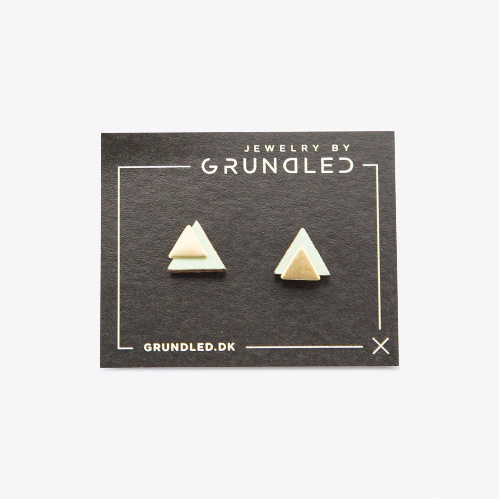 Pronomen Earrings in Mint