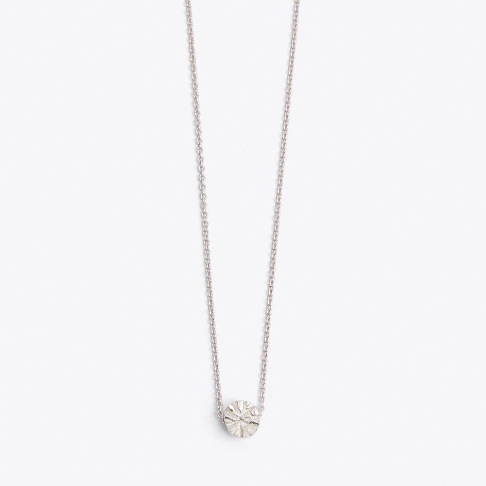 Carbono Necklace