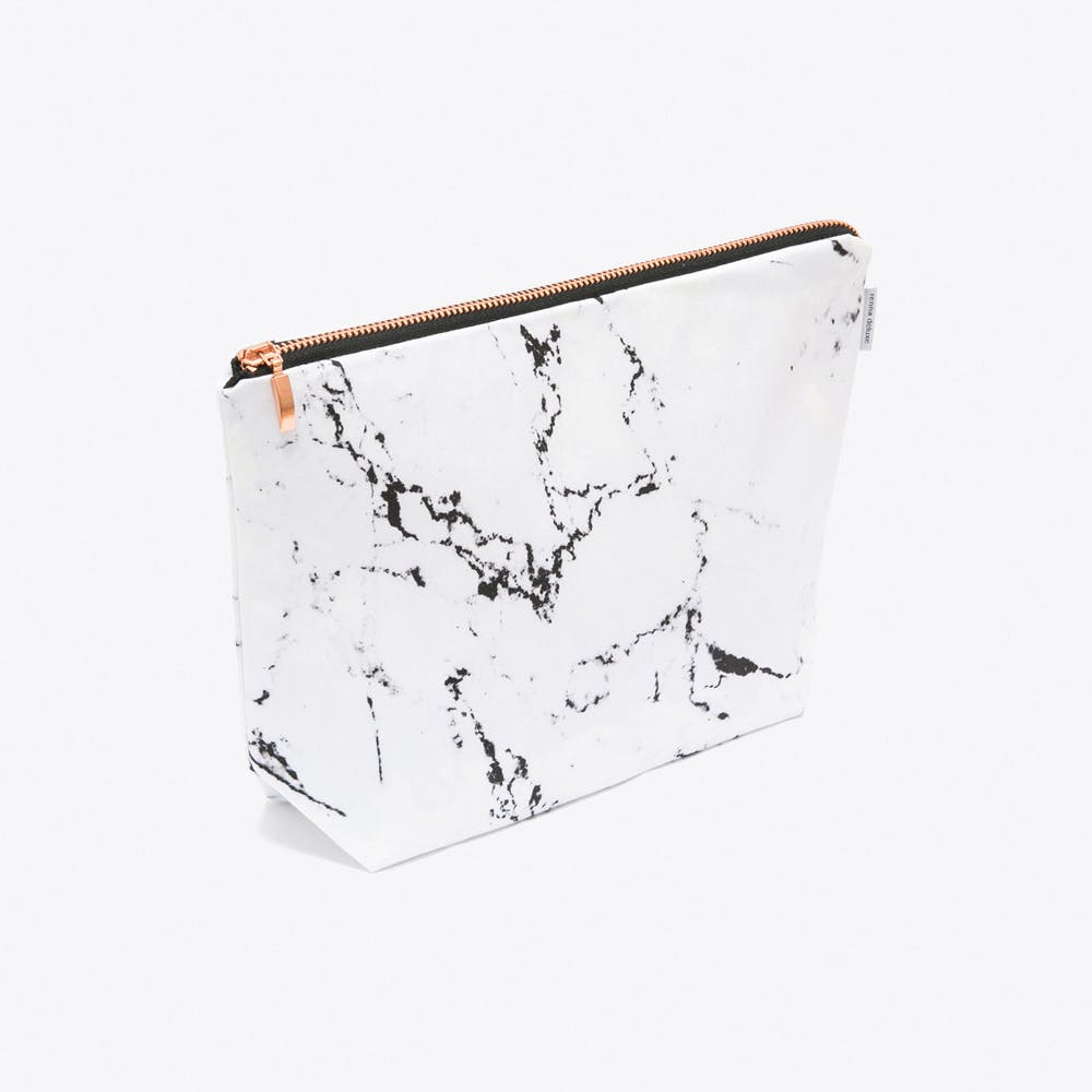 Marble Wash Bag in White