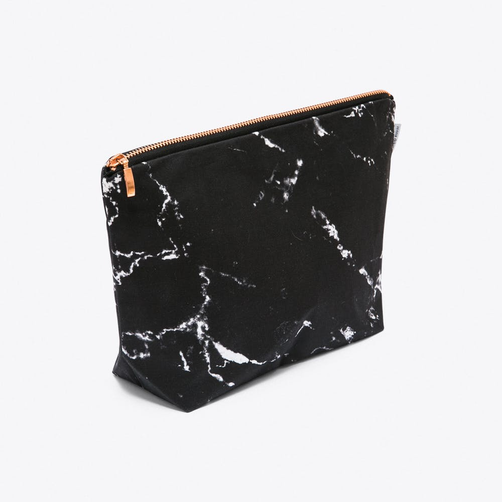 Marble Wash Bag in Black