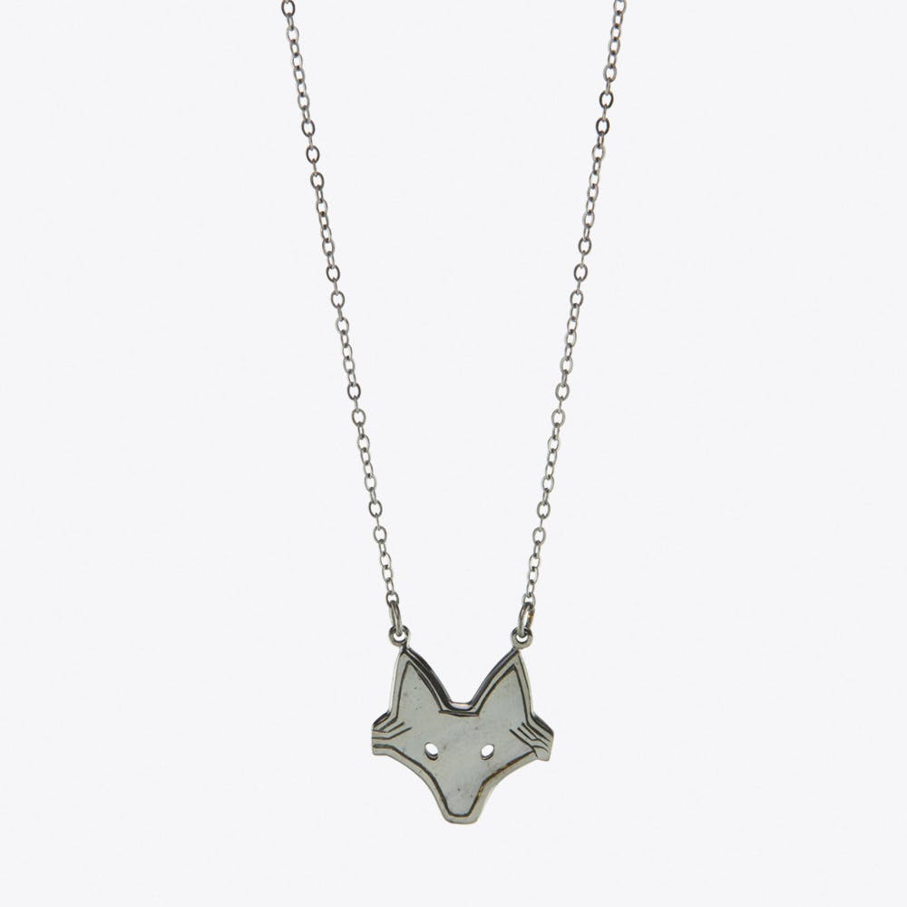 Foxy Necklace in Black