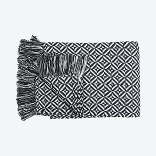 Woven Diamond Throw - Black / White