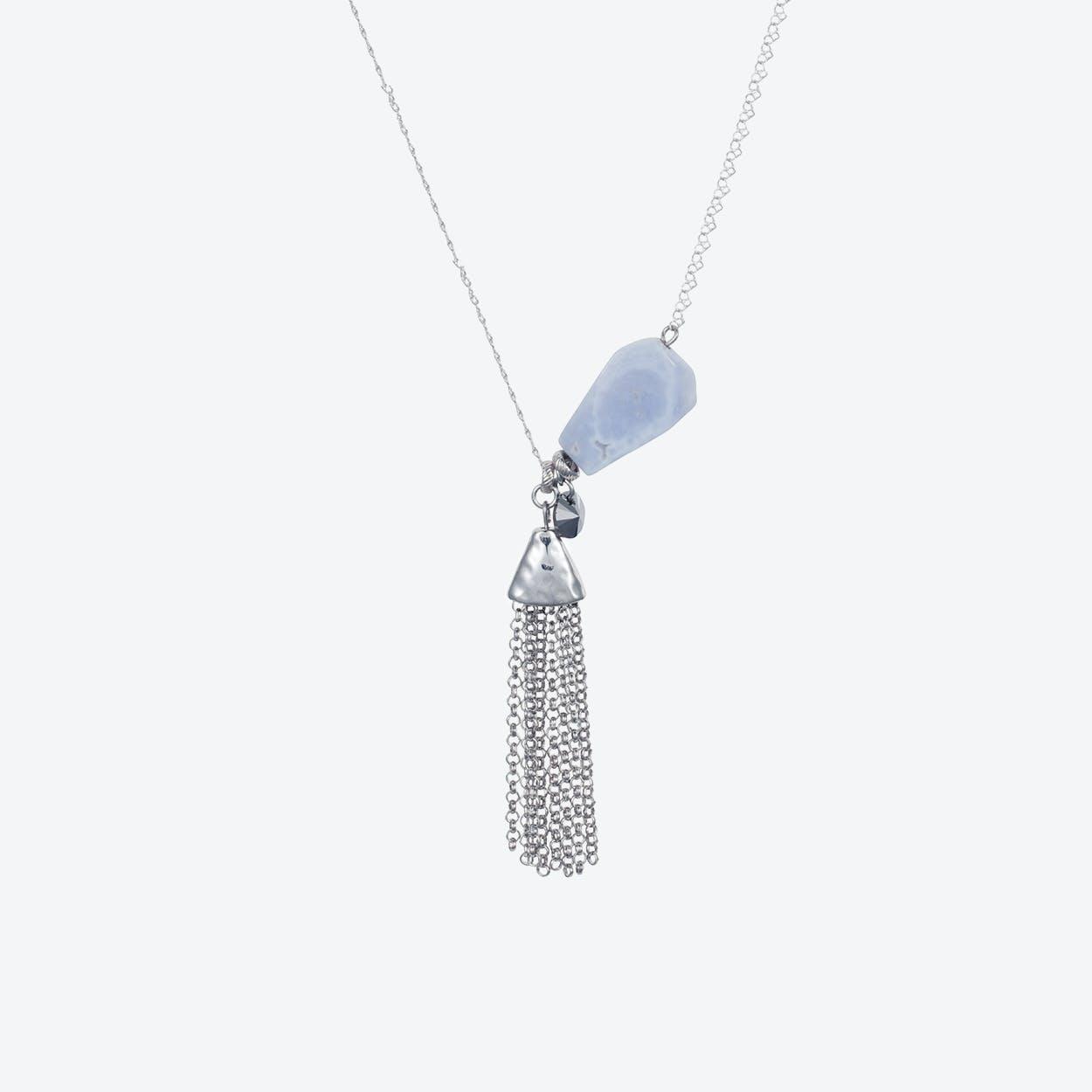Semi-Precious Nugget Necklace in Silver Chalcedony