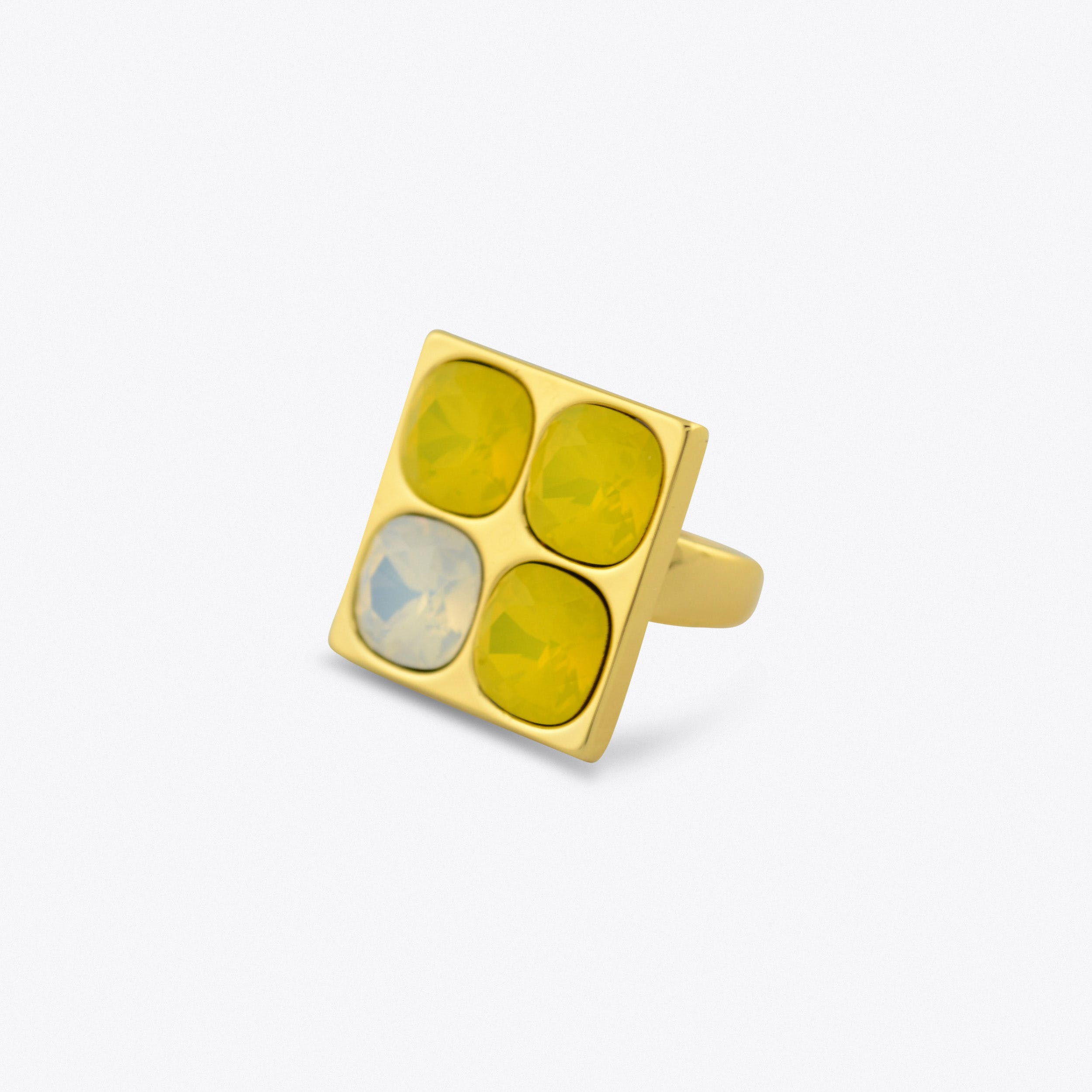 Four Stone Ring in Gold With White And Yellow Stones