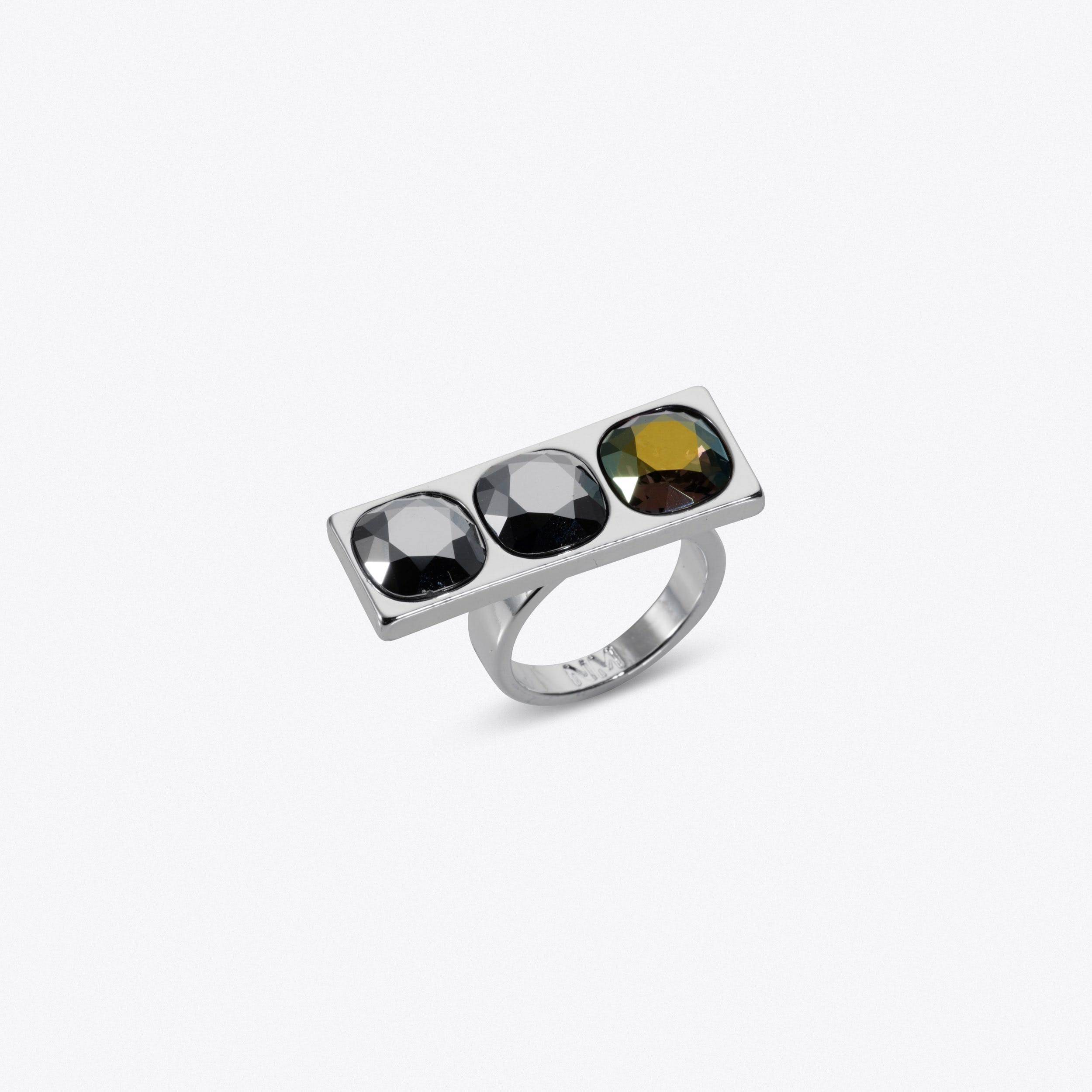 Three Stone Ring In Silver With White Crystal