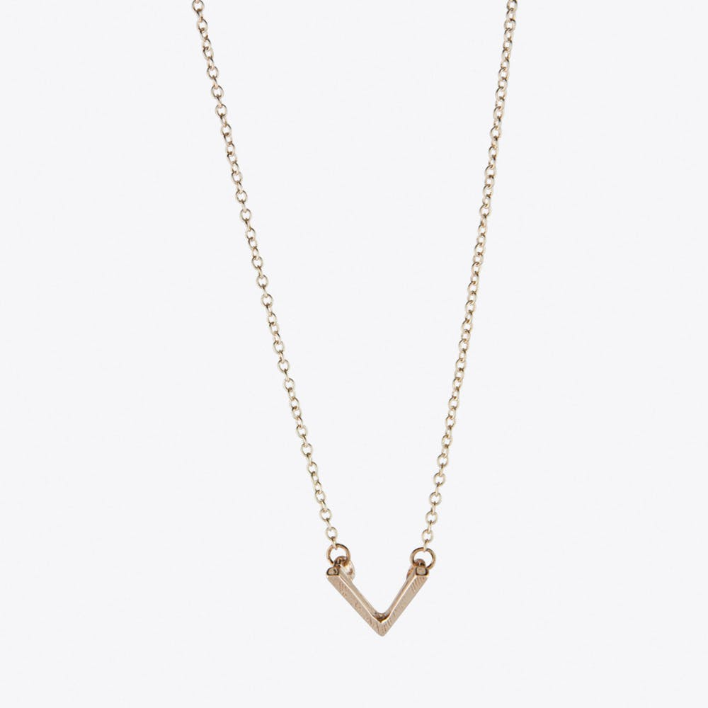Chevron V Necklace in Rose Gold