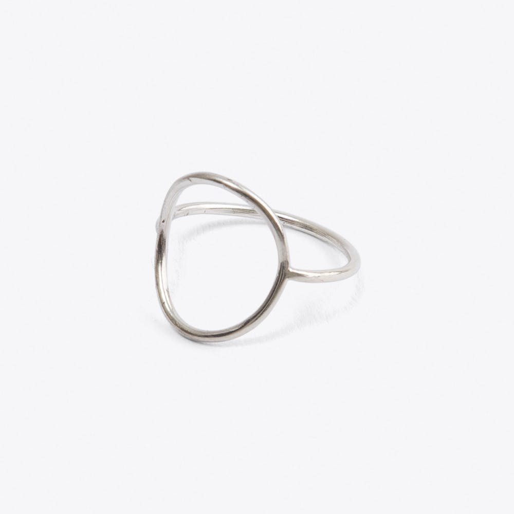 Fitted Circle Ring