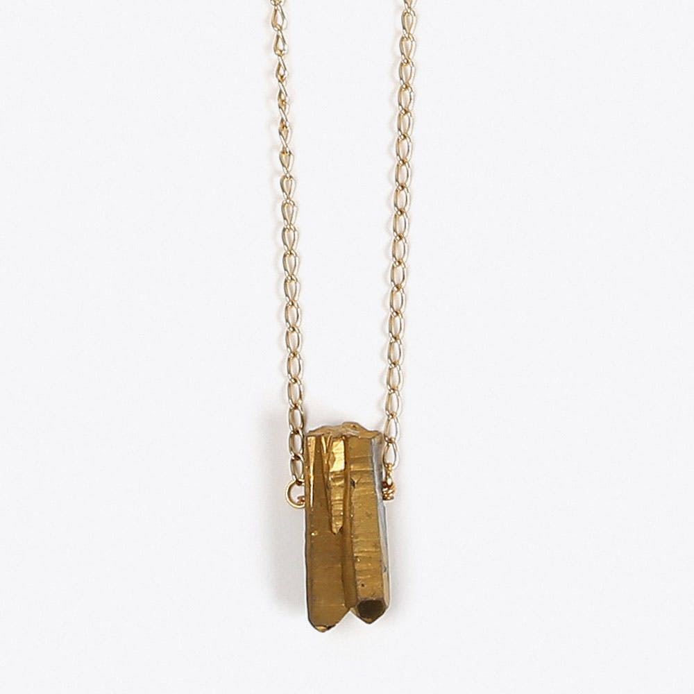Single Stone Quartz Necklace in Gold