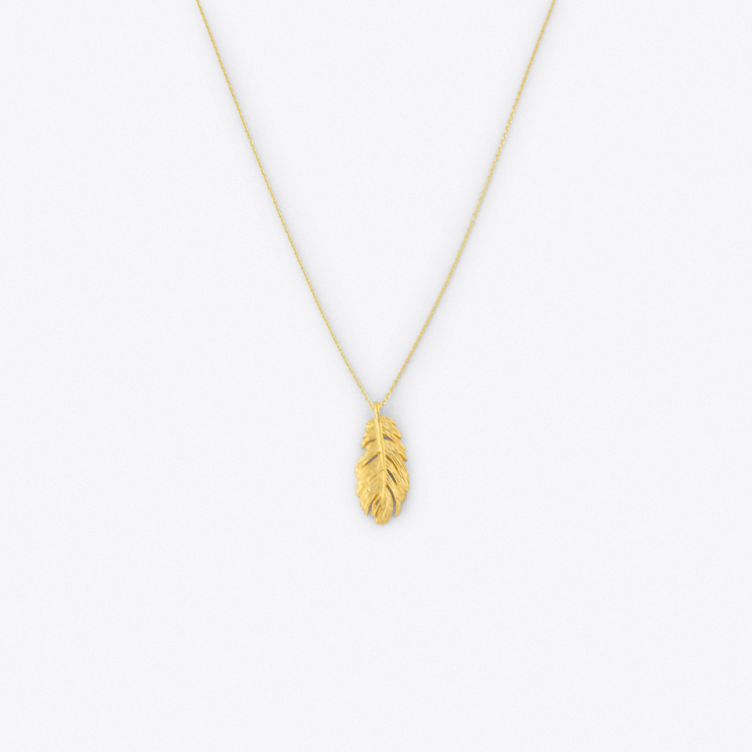 Long Leaf Necklace Gold