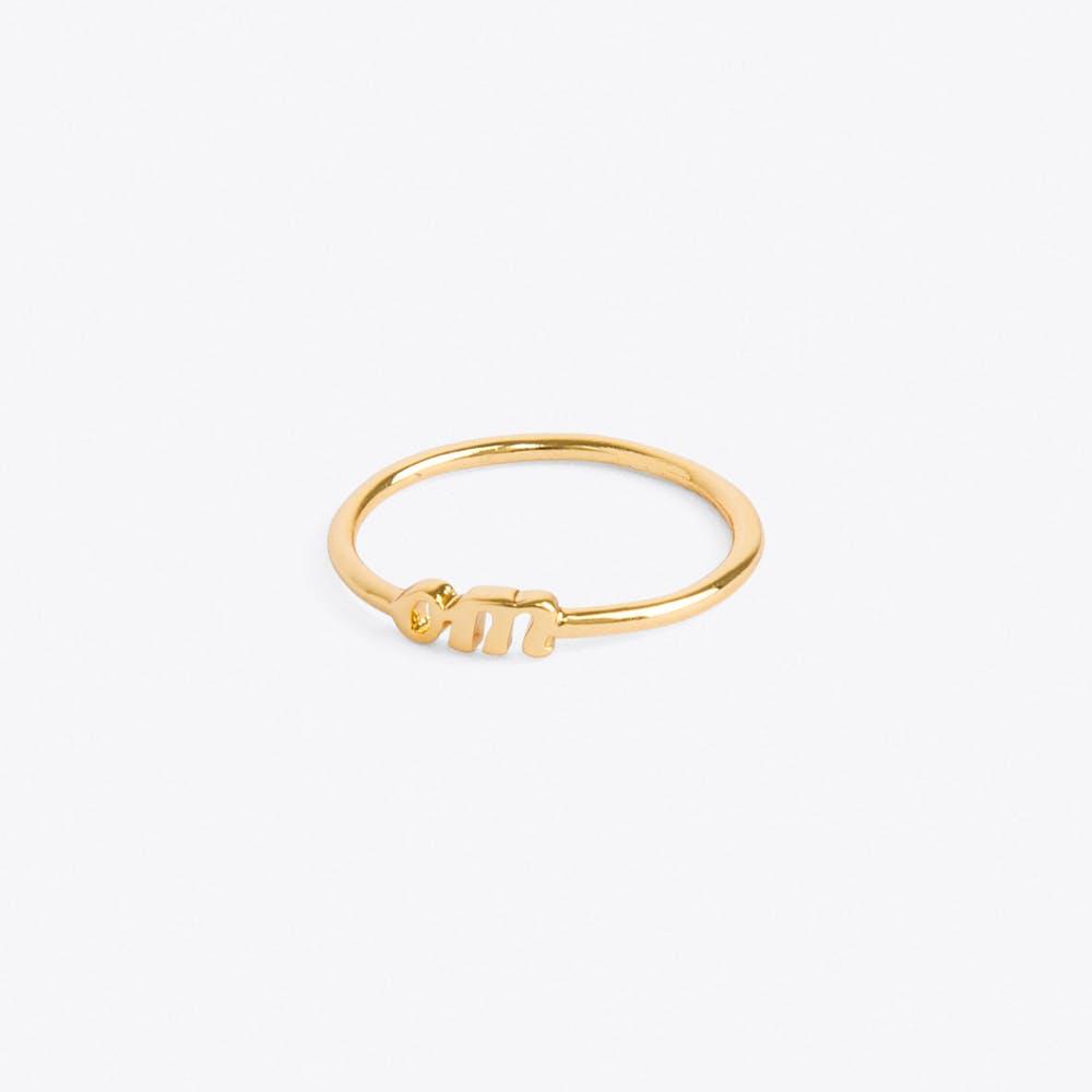 Om Ring in Gold