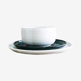 Simple Place Setting with Salad Plate - Moonstone / Woo's Blue - Set of 3