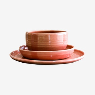 Simple Place Setting with Noodle Bowl - Fib's Pink - Set of 3