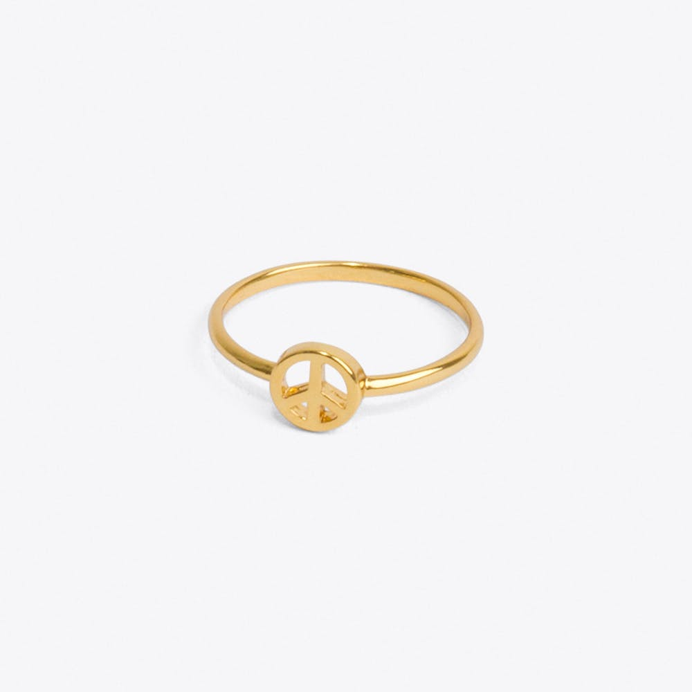 Peace Ring in Pale Gold
