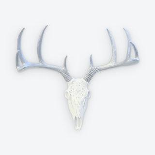 Faux Tribal Deer Skull Mount - White / Silver