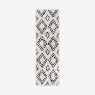 Beni Moroccan Style Diamond Shag Runner Rug - Ivory / Dark Gray