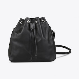 Giza Bucket Bag in Black
