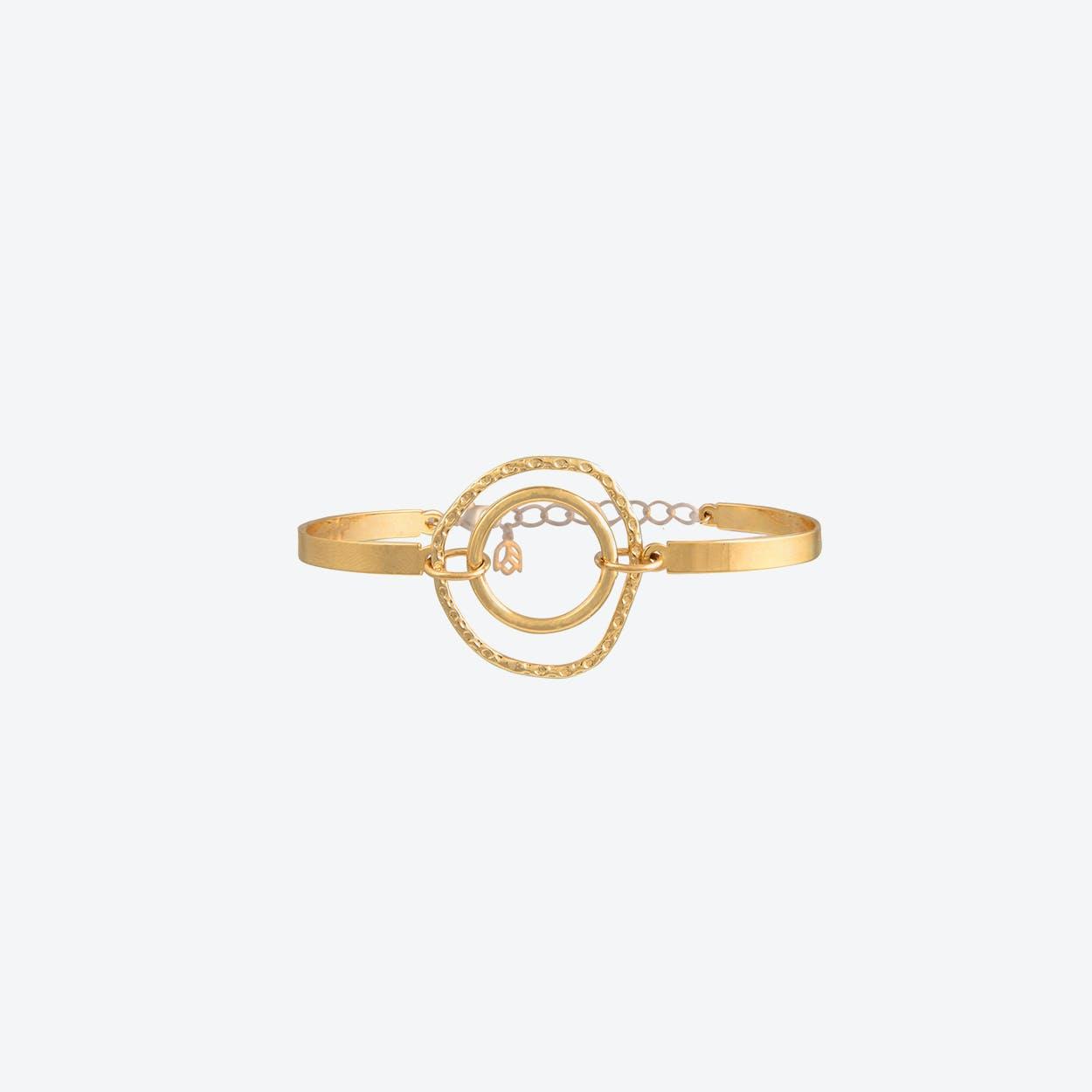 Statement Circle Bracelet